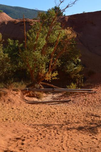 Les vestiges de l'exploitation des ocres du colorado